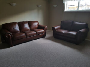 """ALMOST NEW """"NATUZZI"""" ALL LEATHER SOFA SET, CAN DELIVER"""