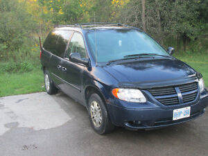 2005 Dodge Grand Caravan including snow tires