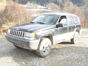 SELLING 1994 Jeep Grand Cherokee 4x4