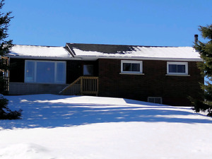 Country Home in Conmee 3+1 bdrm, large garage, 25 acres