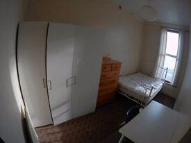 Double Room in Stepney Green