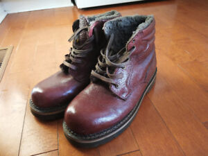 Authentic leather winter boots for sale