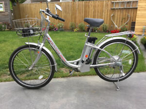 New-Silver Aluminum Electric Bike