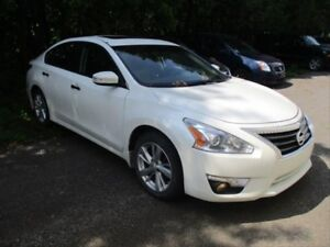 2014 Nissan Altima 2.5 SL LEATHER! SUNROOF! PUSH TO START!