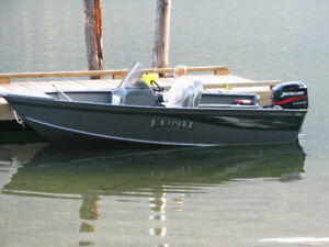 2005 Lund 1660 Classic SS fishing machine