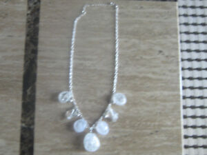 FROSTED-CLEAR-BEADED-NECKLACE   S/A