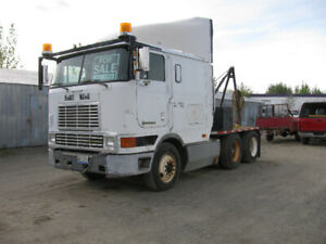 International Cabover mobile home moving Truck and Dolly