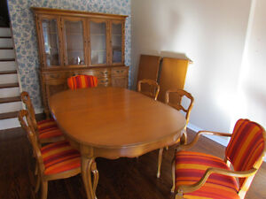French Provincial Dining Room Set- reduced to $999