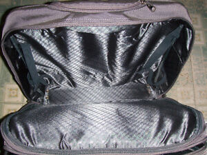 Delsey Roller bag, Garment bag and briefcase London Ontario image 4