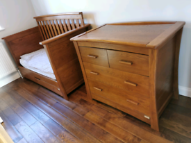 Mamas and Papas Ocean autumn Oak Solid Oak Cot Bed & Tall boy Drawers.