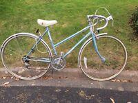 Raleigh Impulse Road bike. Small step thru frame.