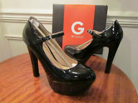 S E X Y !!!! ** GUESS PUMPS ** BRAND NEW IN BOX .....DEAL !