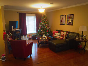 Beautiful home offering room to rent - $650/mth incls utilitie!