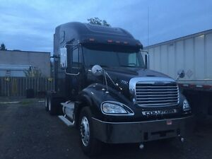 FREIGHTLINER COLUMBIA SIGNATURE EDITION
