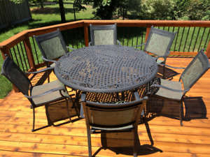 Deluxe Patio set with 10 ft. Round Dining Table + 6 Chairs