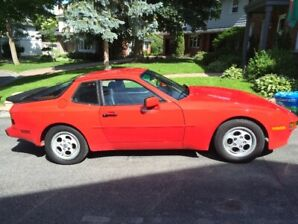 1988 Porche 944S - Red