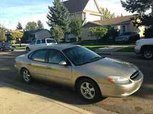 2000 ford taurus/ sell are trade
