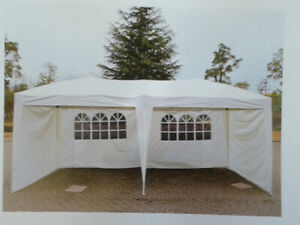 LOCATION CHAPITEAU POP-UP 10 X 20   $ 75.00