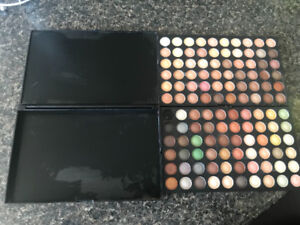Make-up pallete of 120 colours .
