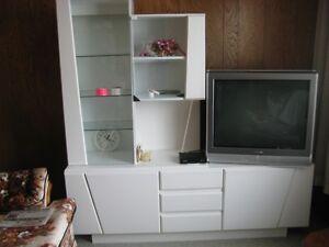 Mélamine blanche - meubles de télé