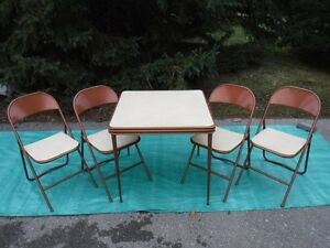 now 55firm, Vintage Cooey card table and 4 chairs, made in Canad