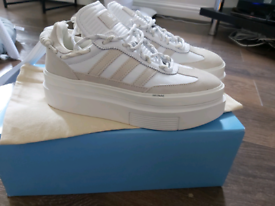 Adidas IVY Park size 6 trainers