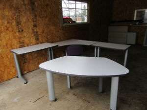 Desk's *** Cabinet's *** Bed's *** Chair's *** Call 386-1987