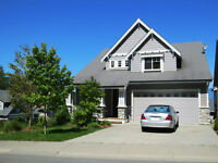 Great Views from this 6 Bedroom/4 bath home w/walk-out basement