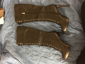 Never worn- boots