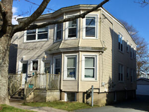 May 1- Available 4 bedroom house $550 for Students!