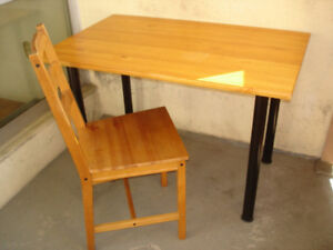 SOLID PINE KITCHEN-HOBBY TABLE ON TUBULAR LEGS