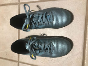 Adidas indoor turf soccer shoes - boys size 5