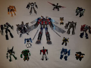 TRANSFORMERS LOT 4 SALE - 20 FIGURES