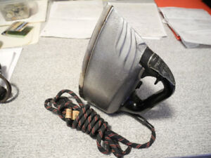 VINTAGE ELECTRIC STEAM IRON RARE