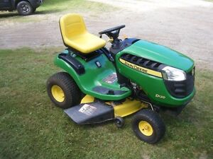Just reduced , end of season..John Deere Tractor