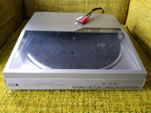 Record Player Realistic Lab-1500