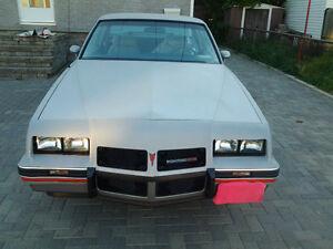 1986 Pontiac  2+2 Aerocoupe RARE- 1 yr only build