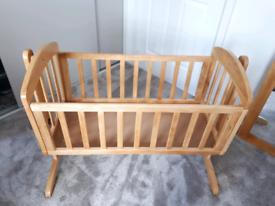 Mamas and Papas Breeze Crib