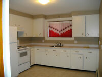2 Bedroom near George Dumont and University, Availalble now.