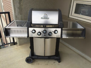 Broil King Signet Stainless Steel BBQ
