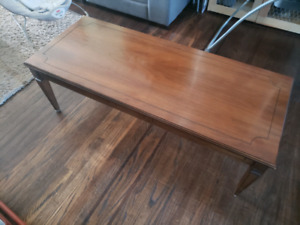 Antique coffe and 2 end tables