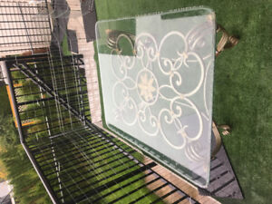 Coffee table tempered glass top