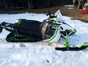 2015 xf 9000 sno pro limited