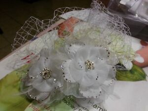 Bird Cage Hair Accessory in White with crystals One Size fits al Kitchener / Waterloo Kitchener Area image 2