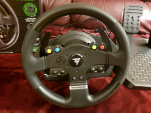 Thrustmaster TMX!! New Condition & Great Deal!! PC & XBOX ONE!!