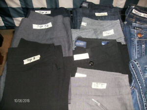 15 Pair of Womens Jeans, Dress Pants and Capris