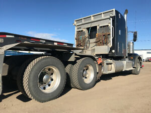 Black Peterbilt | Kijiji in Alberta  - Buy, Sell & Save with