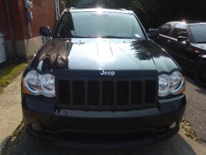Jeep SRT 8