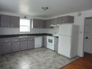 Available June 1st, Large modern, 2 bedroom