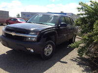2003 Chevrolet Avalanche ( Reliable ) Pickup Truck